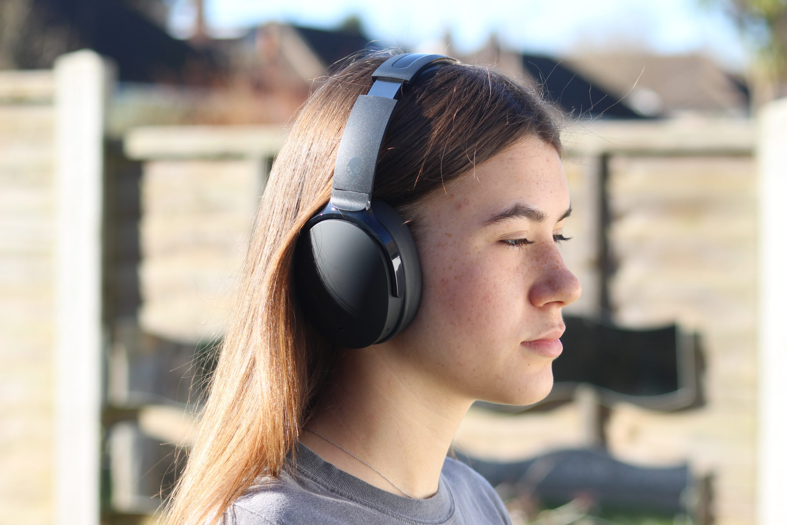 https://www.rtings.com/headphones/reviews/skullcandy/hesh-anc-wireless